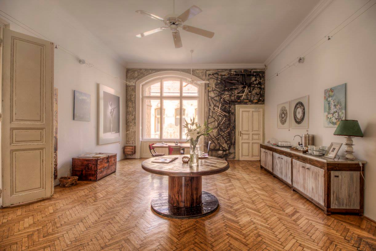 Brody house boutique hotel budapest bons plans for Brodie house plan