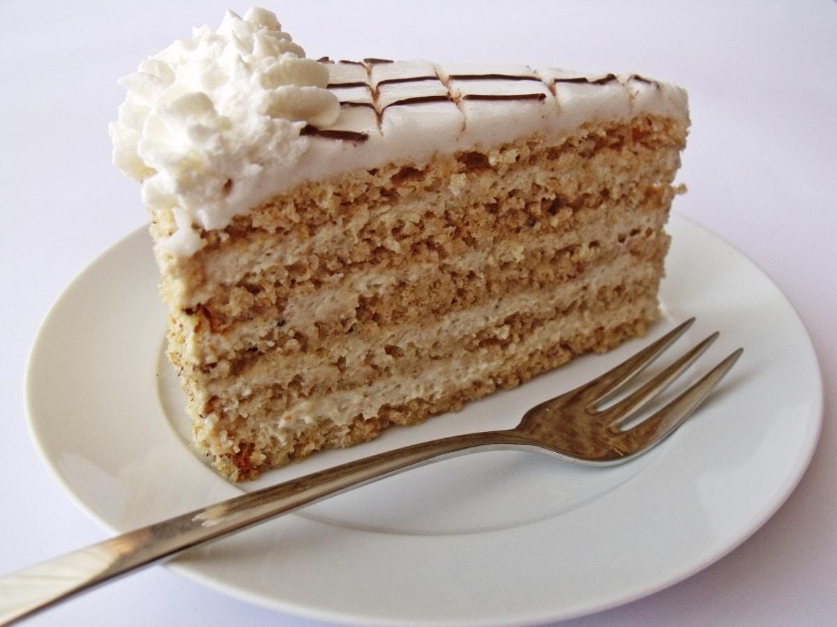 gateau hongrois Eszterházy torta
