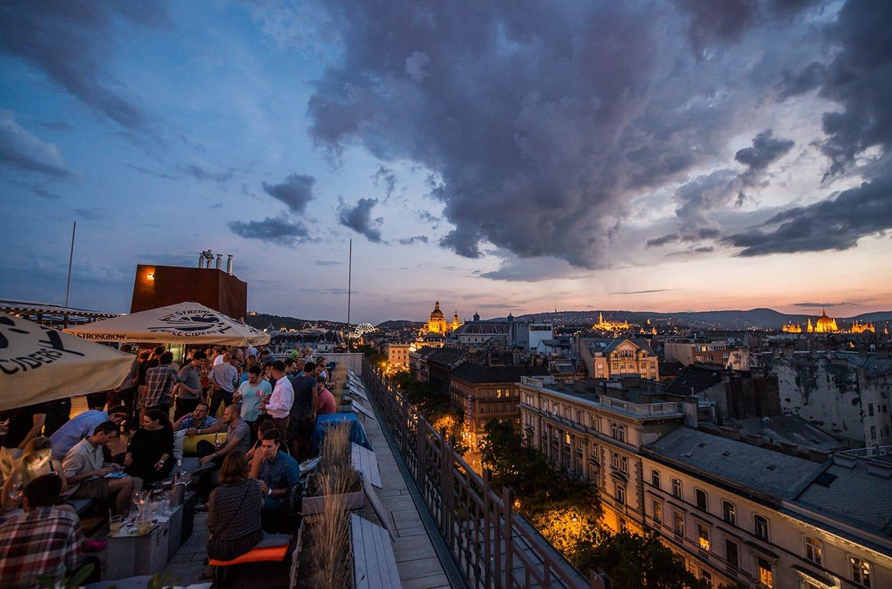 bar 360 rooftop de budapest