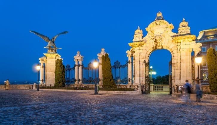 chateau budapest entrée