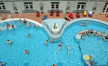 bains lukacs budapest