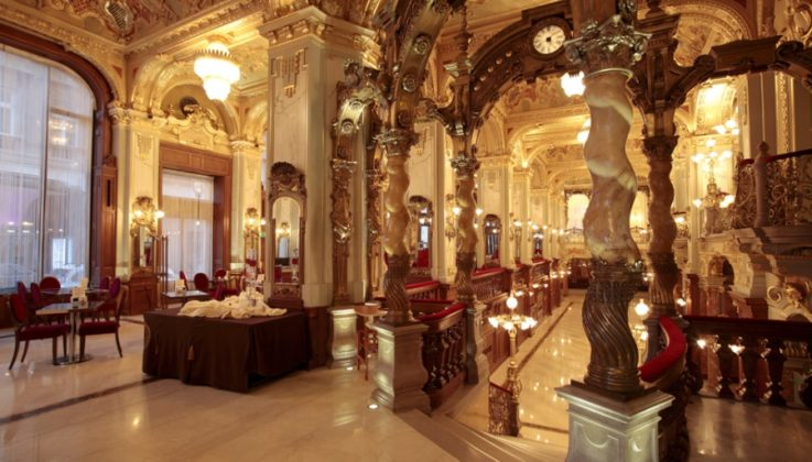 intérieur New York café de Budapest