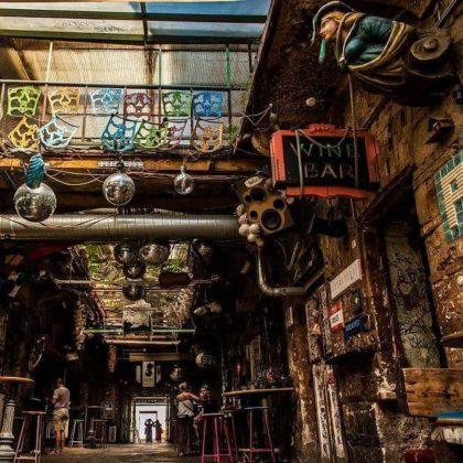 les ruin bars de budapest