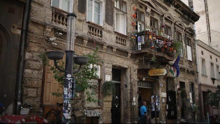 ruin bar de budapest