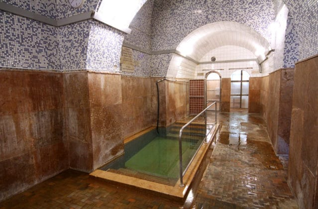therme budapest kraly