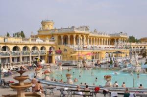 bains budapest