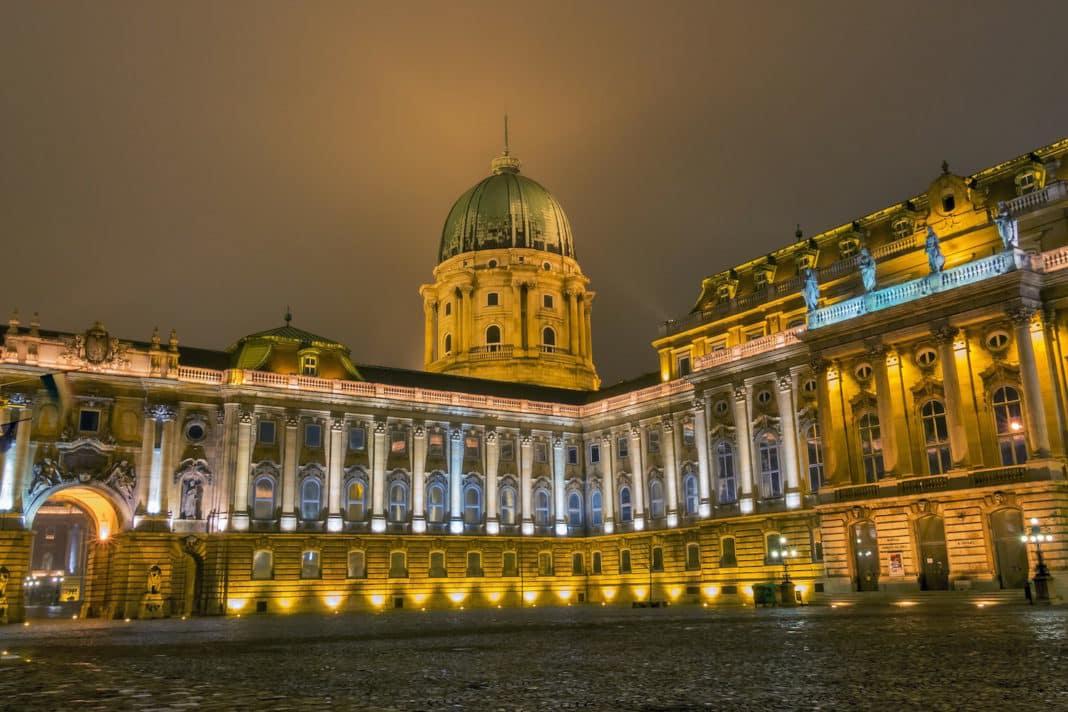 chateau Budapest en septembre